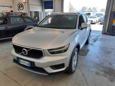 Volvo Xc40 2017 / / 5P / SUV D4 AWD GEARTRONIC MOMENTUM