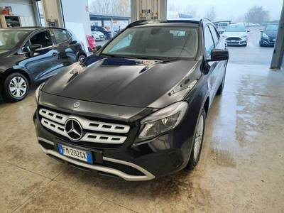 MERCEDES-BENZ GLA / 2017 / 5P / CROSSOVER GLA 200 D AUTOMATIC BUSINESS
