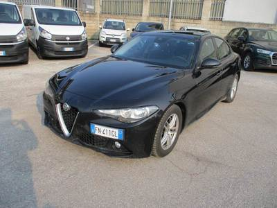 ALFA ROMEO GIULIA / 2016 / 4P / BERLINA 2.2 TURBO AT8 150CV BUSINESS