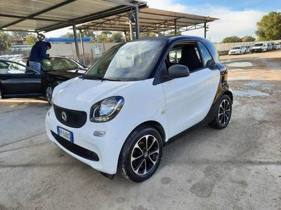 Smart fortwo coupe 2014 3 PORTE 70 10 52KW YOUNGSTER TWINAMIC