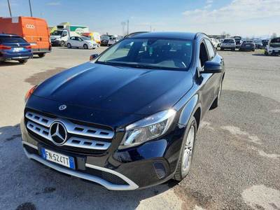 MERCEDES-BENZ GLA / 2017 / 5P / CROSSOVER GLA 220 D AUTOMATIC 4MATIC BUSINESS