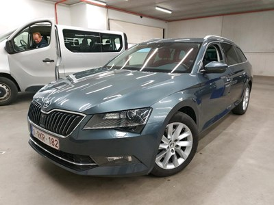 Skoda Superb combi SUPERB COMBI TSI 150PK Style Pack GPS & Comfort II & Electric Boot Hatch & Pano Roof PETROL