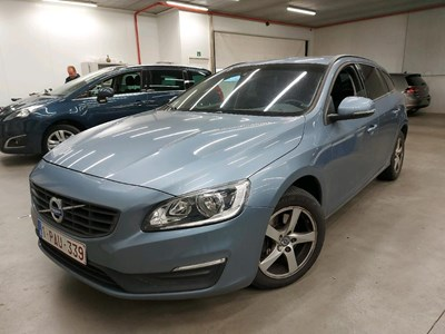 Volvo V60 V60 D2 120PK Kinetic Pack Professional & Winter & Family & Electric SunRoof