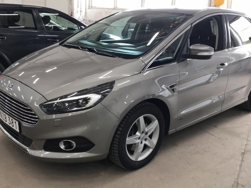 Ford S-Max TDCi 180 Busin.AWD Aut.