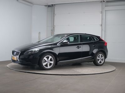 Volvo V40 D2 Business Summum 5d