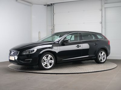 Volvo V60 D6 AWD Geartronic Twin Engine Summum 5d