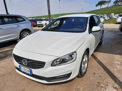 Volvo V60 2014 wagon D4 GEARTRONIC KINETIC