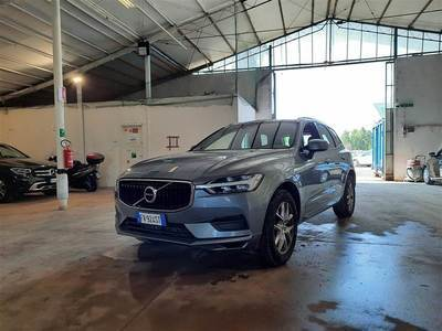 Volvo Xc60 2017 / / 5P / SUV T5 AWD GEARTR BUSINESS
