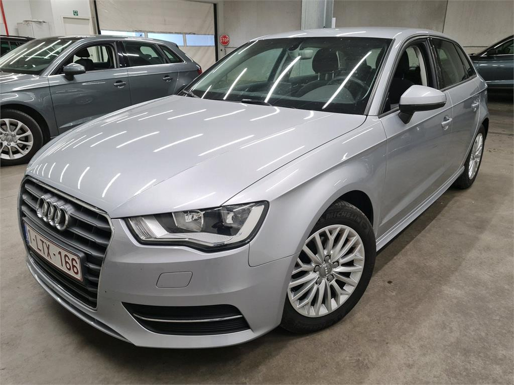 Audi A3 sportback A3 SB TDI 110PK ULTRA ATTRACTION Pack Intuition Plus & APS Rear