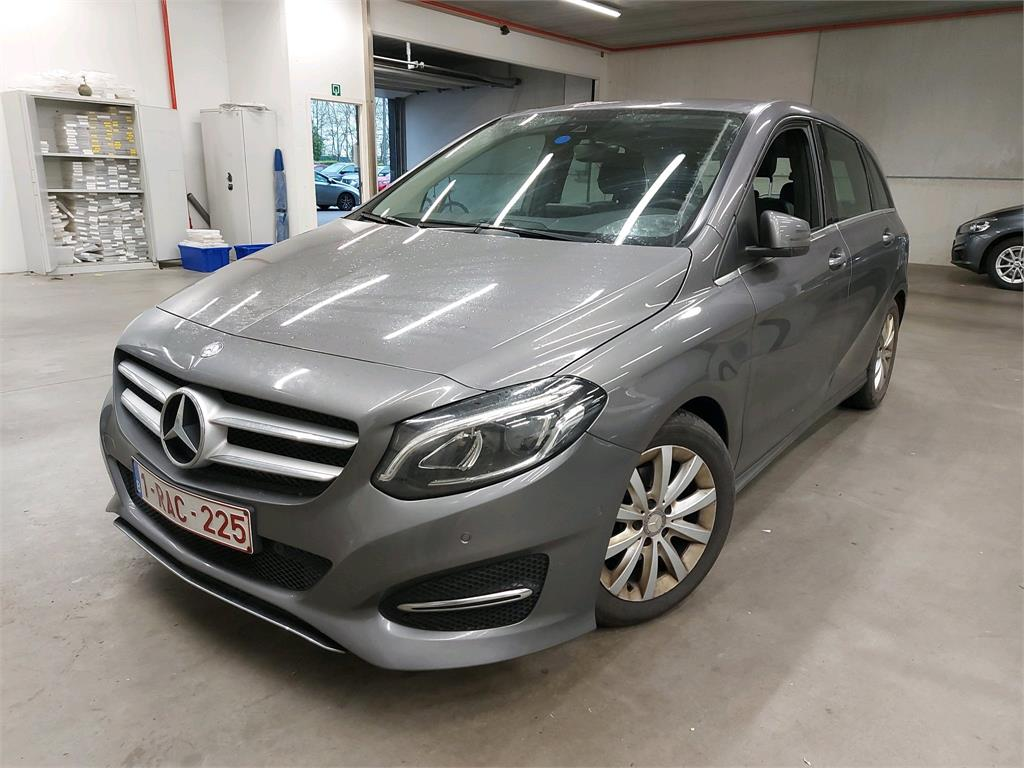 Mercedes-Benz B B 180 D 109PK BLUEEFF STYLE Pack Professional & Command Online & LED Headights