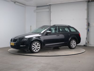 Skoda OCTAVIA COMBI 1.6 TDI Greentech Ambition Business 5d
