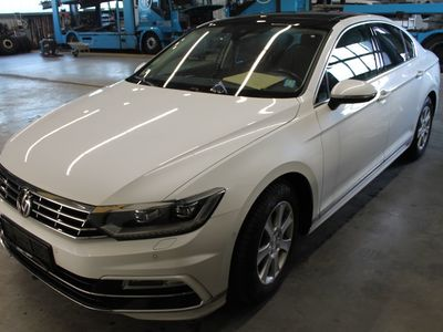 Volkswagen Passat Lim. Highline BMT/Start-Stopp 2.0 TDI 140KW Active info-display AT6 E6