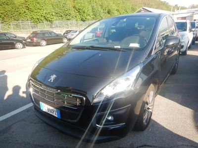 PEUGEOT 3008 Business 1.6 Bluehdi 120hp Eat6 Aut.