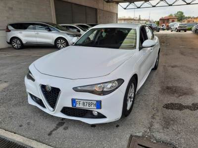 Alfa Romeo giulia 2016 / 4P / BERLINA 22 TURBO AT8 150CV BUSINESS