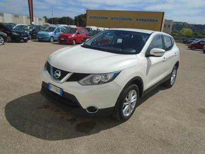 NISSAN Qashqai / 2015 / 5P / Crossover 1.6 dCi 130 2WD Business