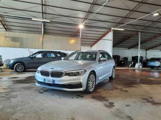 BMW SERIE 5 / 2016 / 5P / STATION WAGON 520D XDRIVE BUSINESS AUTO TOURING