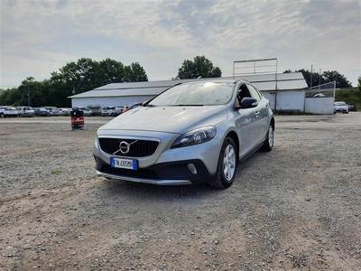 Honda VOLVO V40 CROSS COUNTRY / 2012 / 5P / BERLINA D2 GEARTRONIC CROSS COUNTRY BUSINESS