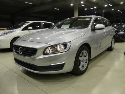 VOLVO V60 2.0 D2 KINETICGEARTRONIC AUT