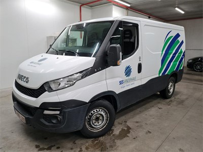 Iveco DAILY DAILY 23 TD 146PK 35S15V With Navi Connect Pack & Climate Control & Towing Pack