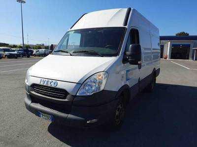 Iveco Daily 2011 furgone 35C15L V H2 3300 MEC TOR RG