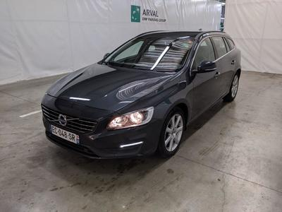 Volvo V60 Momentum Business 2.0 D3 150 Geartronic / CUIR