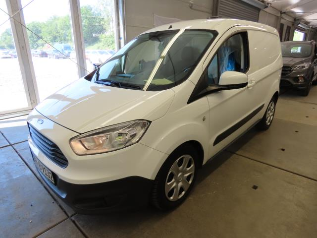 Ford Transit courier trend 1.5 TDCI 70KW MT5 E6