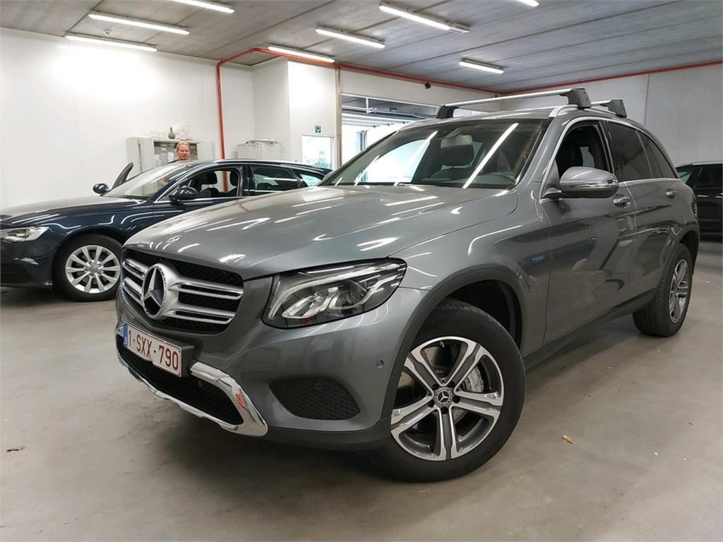 Mercedes-Benz GLC GLC 350 E 327PK 4MATIC Exclusive Pack Professional & Comfort & Design Exterior & Parking Pack With Camera HYBRID