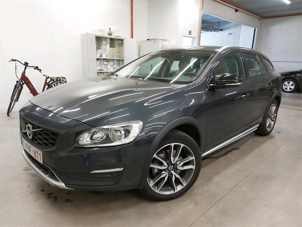 Volvo V60 cross country V60 CROSS COUNTRY D3 150PK MOMENTUM Pack Winter & IntelliSafe Pro & Select Leather