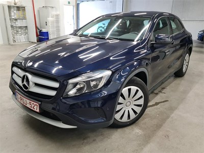 Mercedes-Benz GLA GLA 200 D 136PK 7GDCT & Pack Professional With Rear Camera