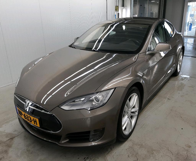 Tesla Model S 70 Base
