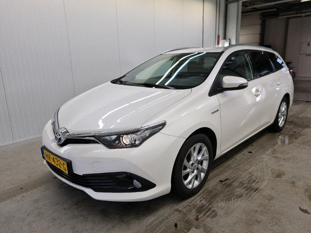 TOYOTA Auris 1.8 HYBRID 100KW DYNAMIC TOURING SPORTS CV..