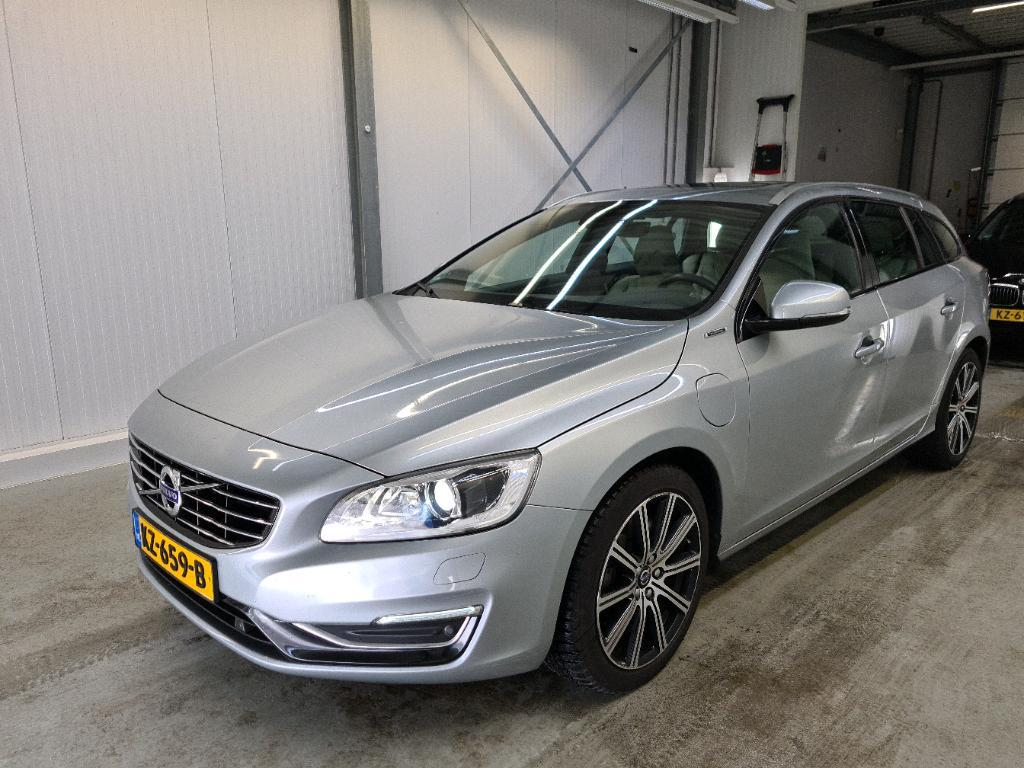 VOLVO V60 D5 AWD 170KW TWIN ENGINE SPECIAL EDITION GEAR..