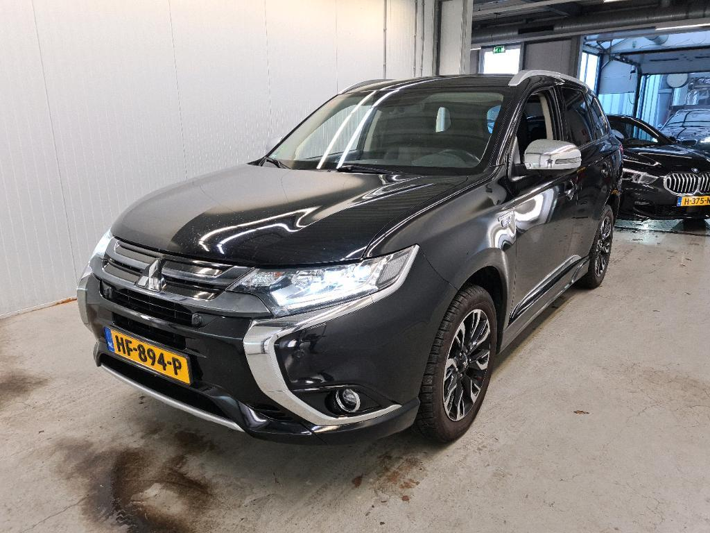 MITSUBISHI Outlander PHEV 2.0 149KW 4WD INSTYLE+ X-LINE..