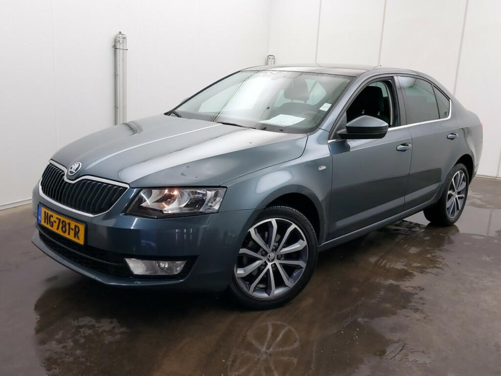 SKODA Octavia 1.6tdi edition businessline
