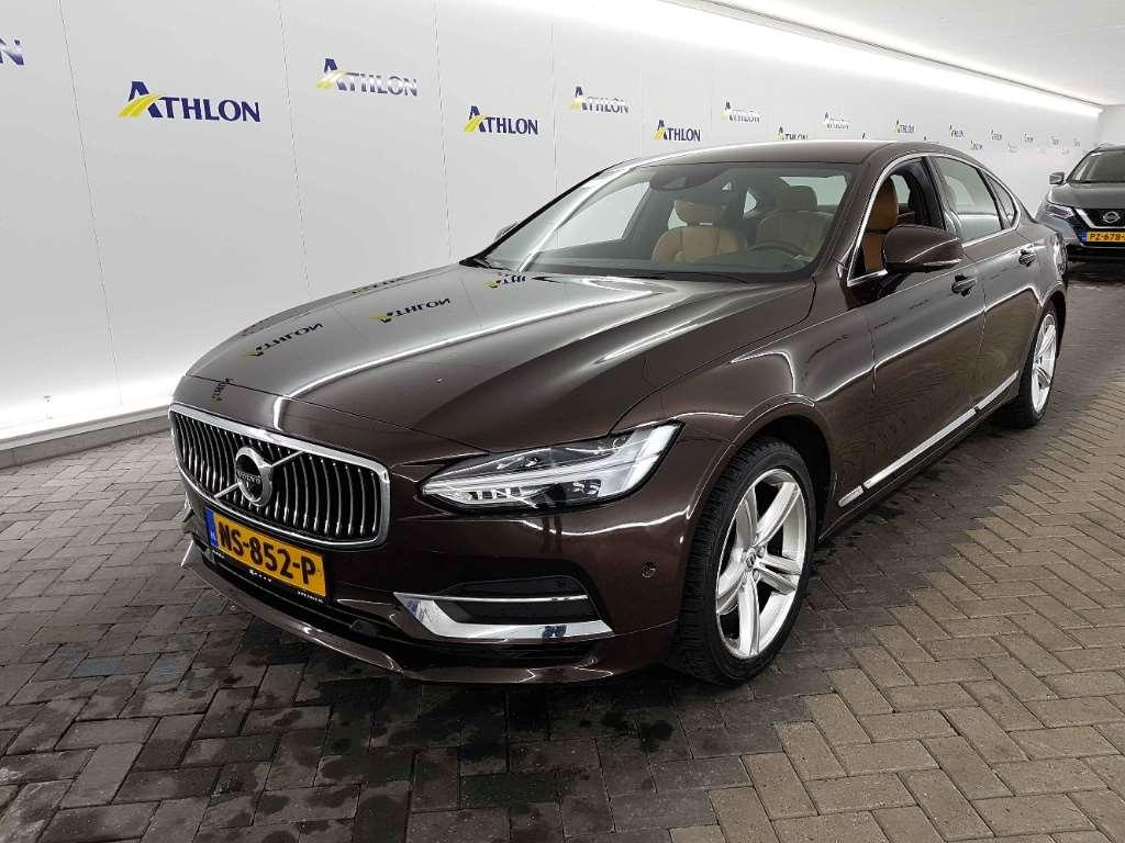 Volvo S90 D4 Geartronic Momentum 4D 140kW