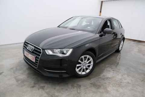 Audi A3 sportback 1.6 TDi Ultra 81kW Attraction 5d