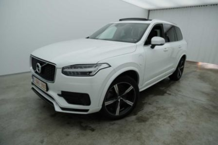Volvo XC90 2.0 T8 4WD Geartronic R-Design 7PL. 5d (total options: 12 367,77 euro)
