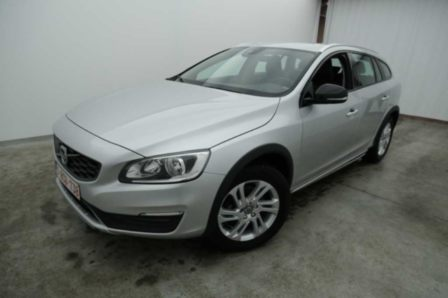 Volvo V60 cross country D3 Momentum 5d Geartronic