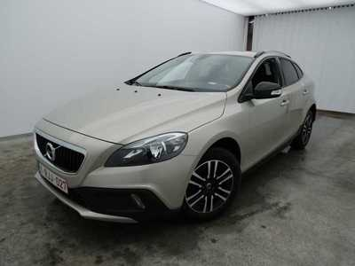 Volvo V40 cross country 2.0d D2 88kW Kinetic Navi 6v 5pl XXXXXXX