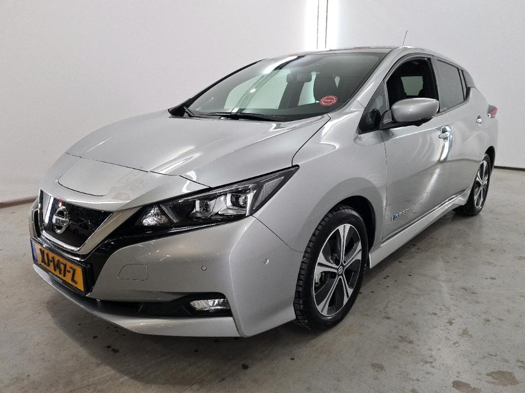 NISSAN Leaf Electric 40kWh Tekna